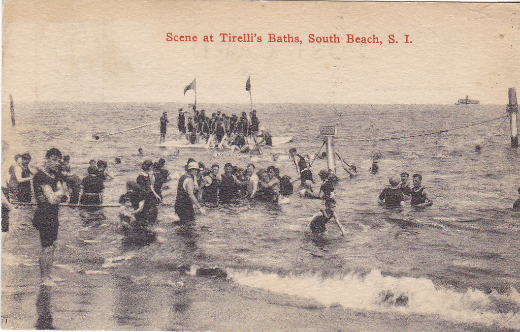SCENE AT TIRELLI'S BATHS, SOUTH BEACH, S.I. - 1917 POSTCARD (ref 7417)