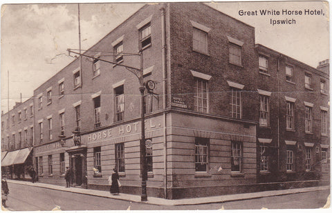 Old postcard of The Great White Horse Hotel, Ipswich