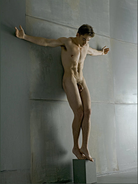 Nathan_nude crucifix