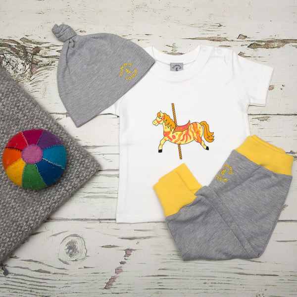 Baby Gift Set by Tommy & Lottie - Carousel Horse.