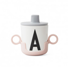Load image into Gallery viewer, Design Letters / Handle for Melamine Cup / Beker Houder Roze