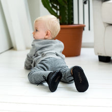 Load image into Gallery viewer, Mockies / Babyschoen / Classic boots / Black Leather
