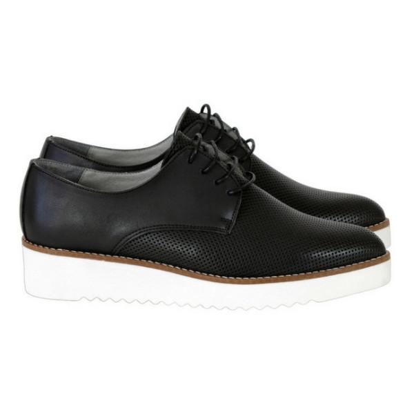 Bedawi Women's Vegan Oxfords in Black by Bahatika picture from the right at ALIVE Boutique