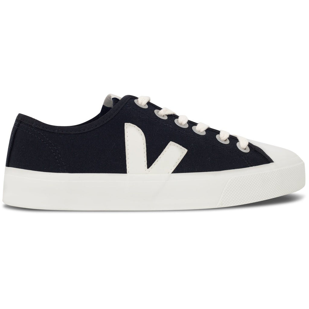 Black Vegan Trainers from the right for women Wata Pierre by Veja at ALIVE