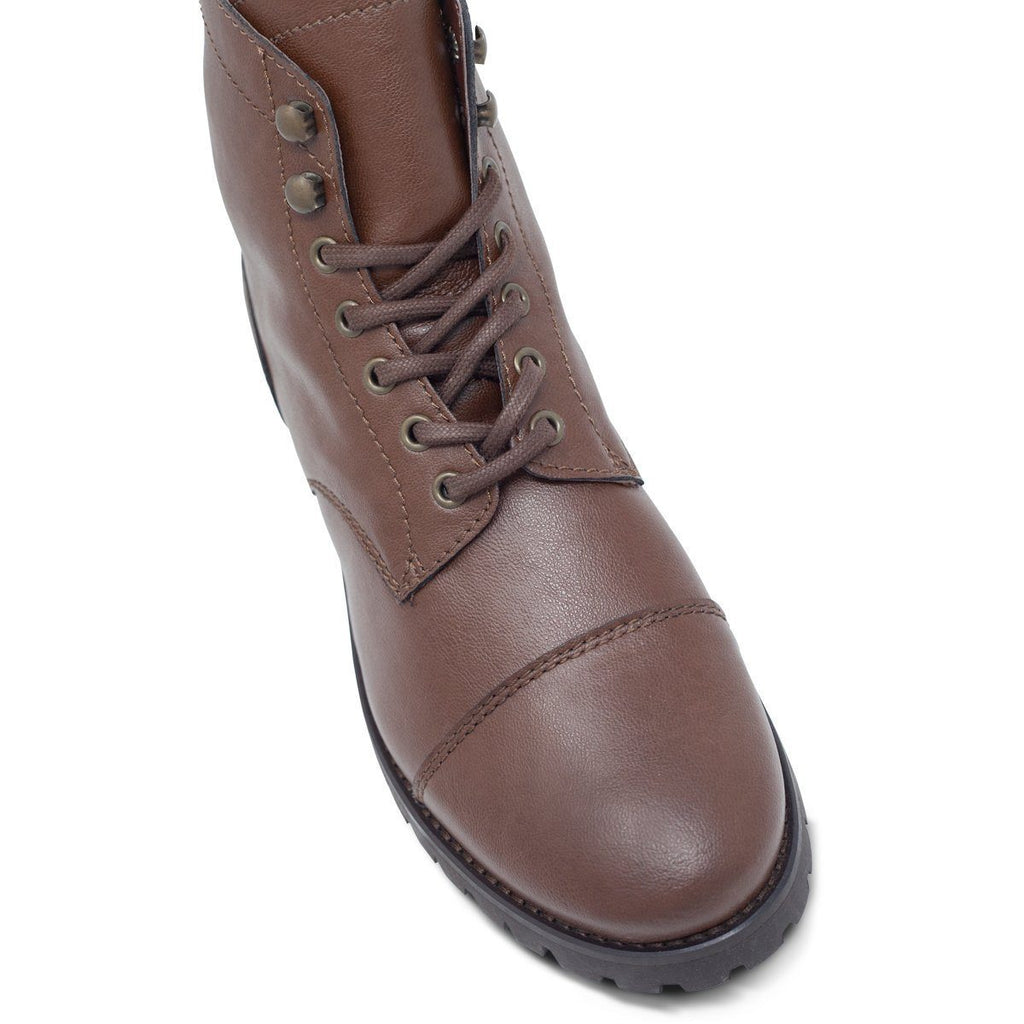 Toecap of Vegan Boots Work in Dark Brown by Will's Vegan Shoes