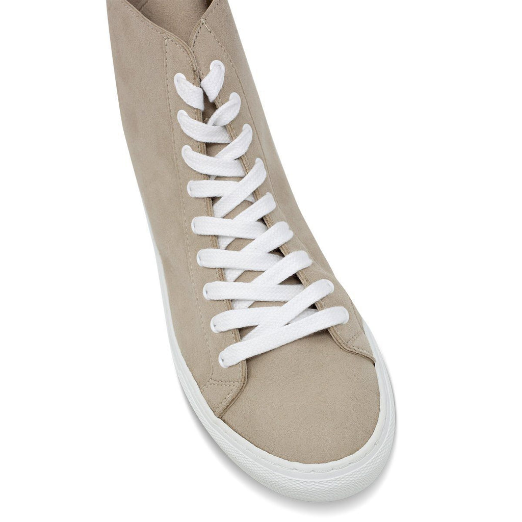 Toecap of Vegan Shoes for men and women in beige at ALIVE Boutique