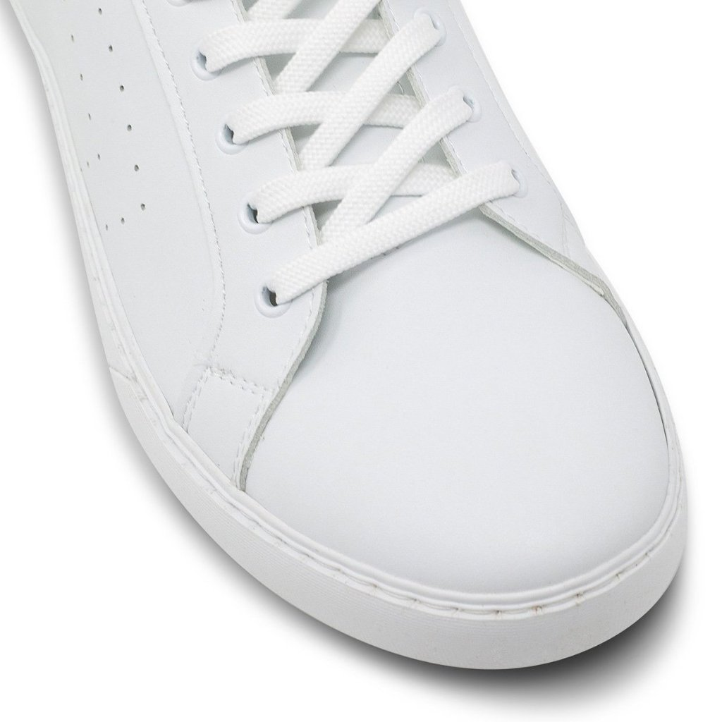 White Vegan Trainer Men picture of the toecap by Will's Vegan Shoes at ALIVE Boutique