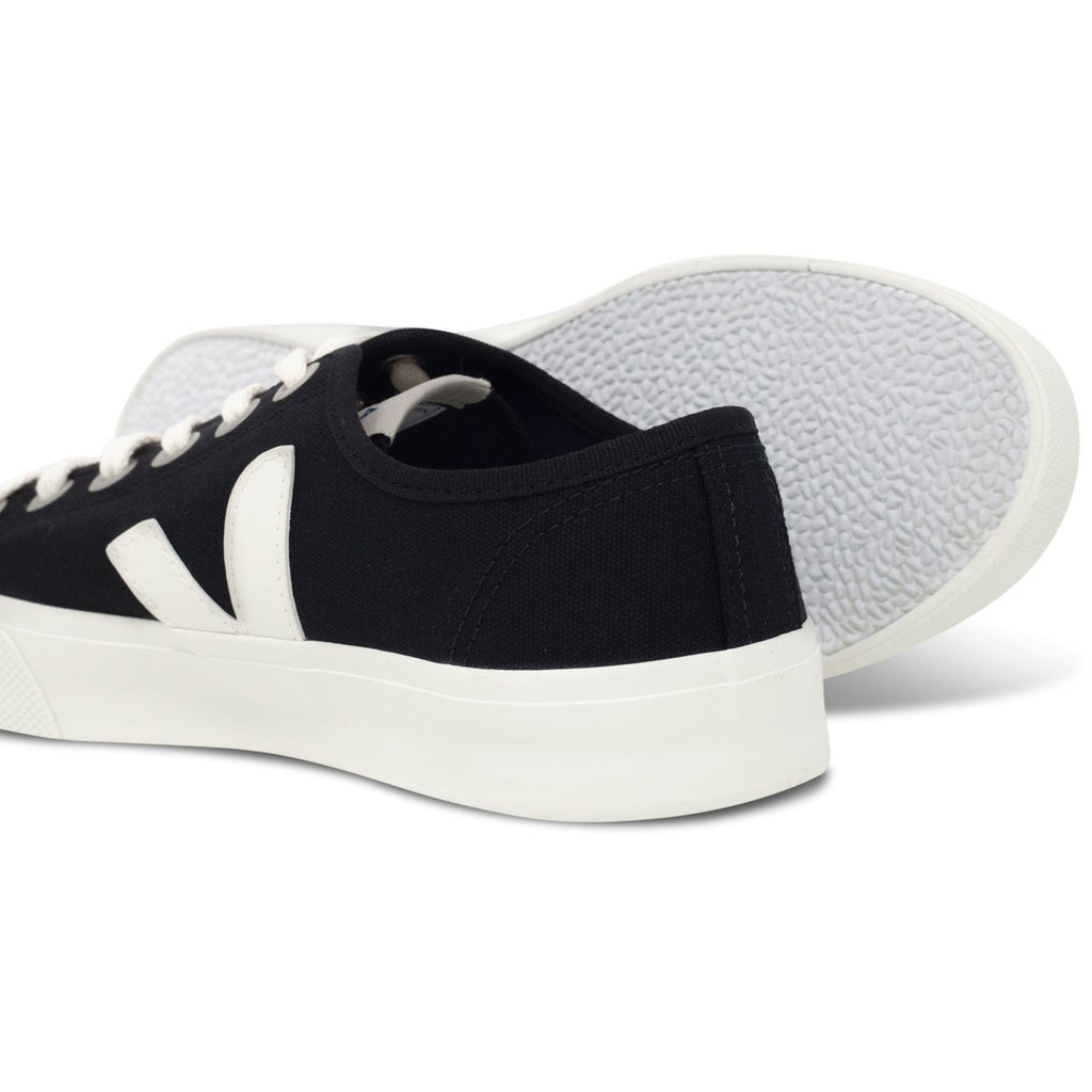 pair of Black Vegan Trainers and their sole for women Wata Pierre by Veja at ALIVE