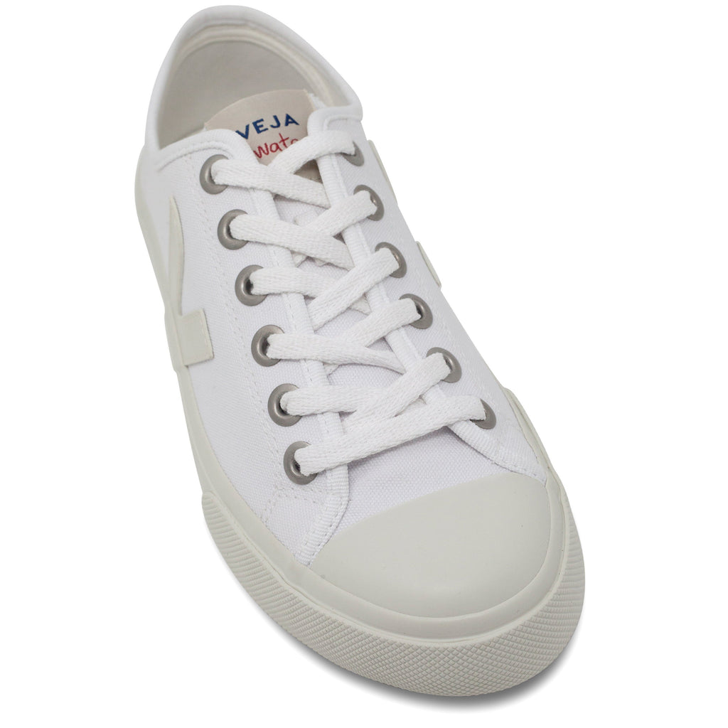 toecap White Vegan Trainers for women Wata Pierre by Veja at ALIVE