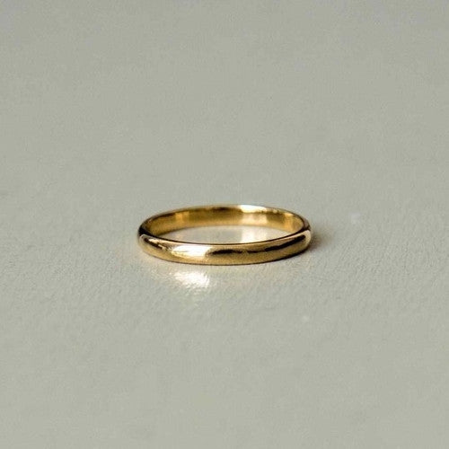gabriel - yellow gold classic man ring