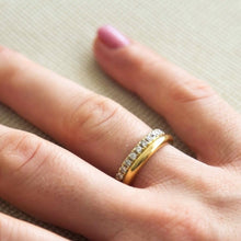 Load image into Gallery viewer, adele - perfect round gold ring