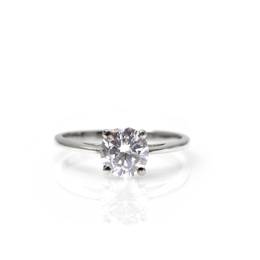 margot - solitaire diamond ring