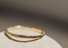 Load image into Gallery viewer, claire - wedding band
