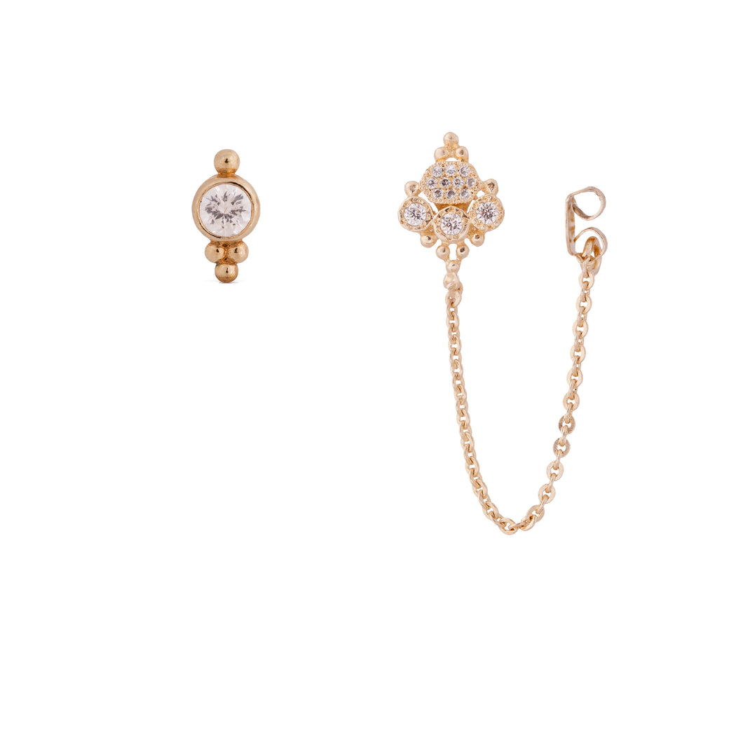 lee sara -  gold plated hand made earring