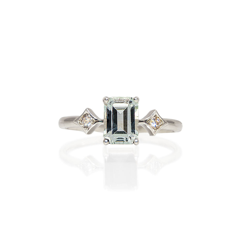 émile aquamarine & diamonds ring