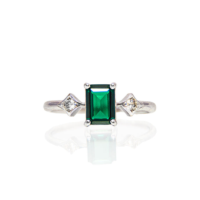 émile emerald & diamonds ring