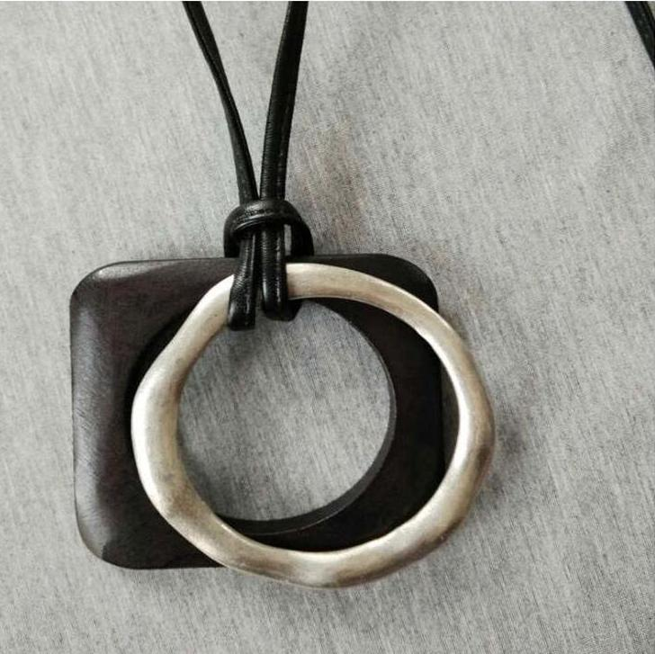 Long Wood/Alloy Square/Round Pendant Necklace