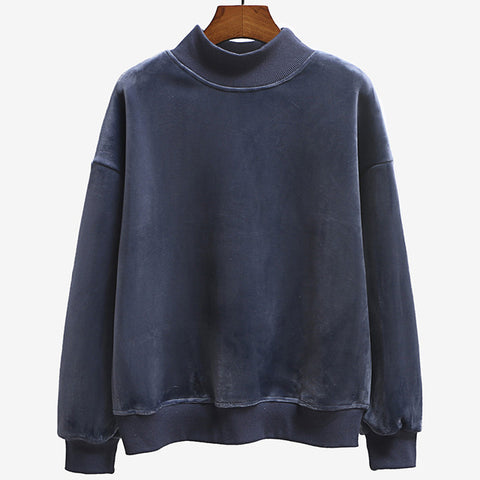 Pullover Turtleneck Sweatshirt