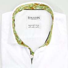 Men's Green New York Pattern Slim Fit Non-Iron White Cotton Shirt