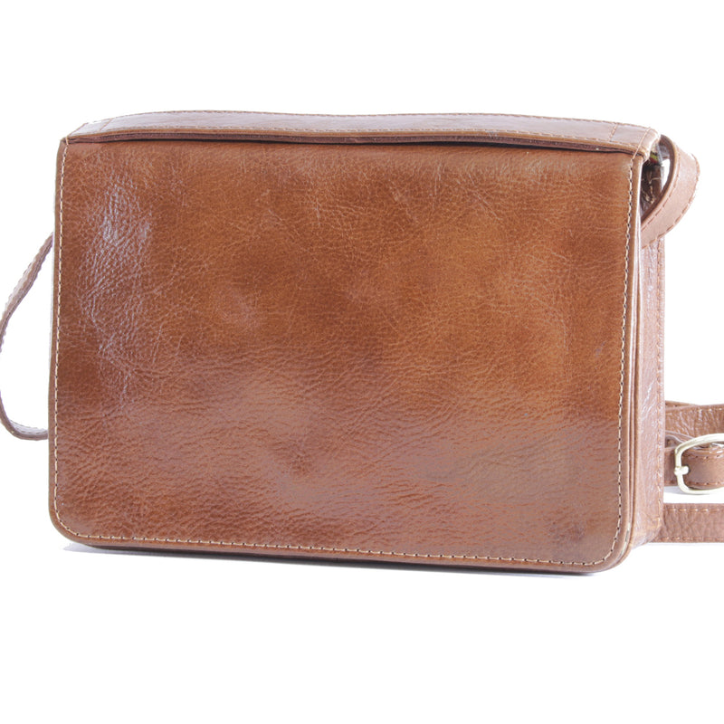 Big Bess crossbody sling cognac