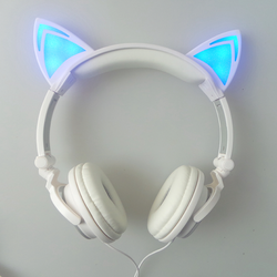 HOT! KITTY HEADPHONES 2.0 - 123dealss