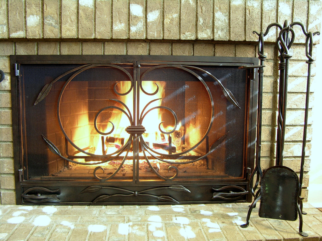 Sheaf  Fireplace Screen Door