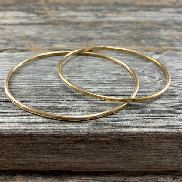 Hammered Brass Infinity Bangle