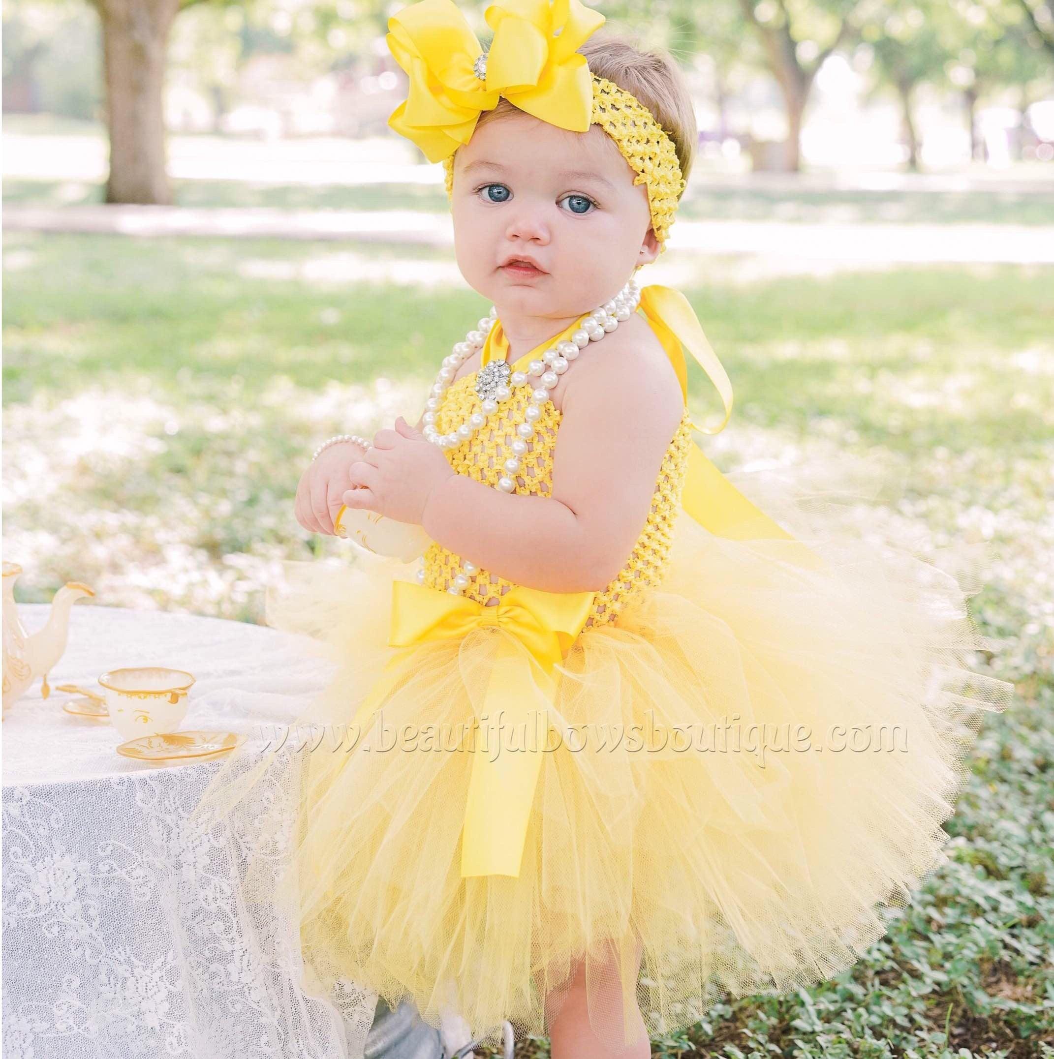 Pick Bow Color Layered White Holiday Tutu Dress for Infants /& Girls