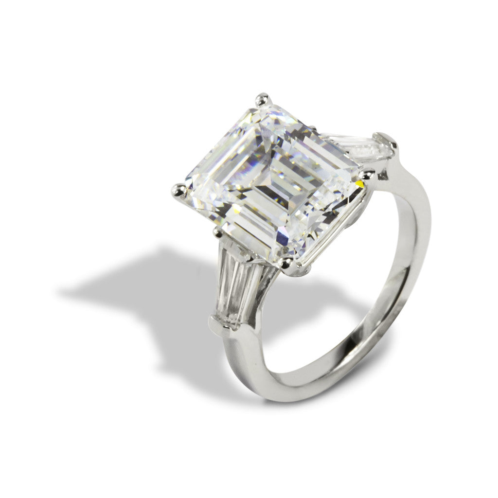 14k White Gold Ring Emerald Cut 7.00 CT