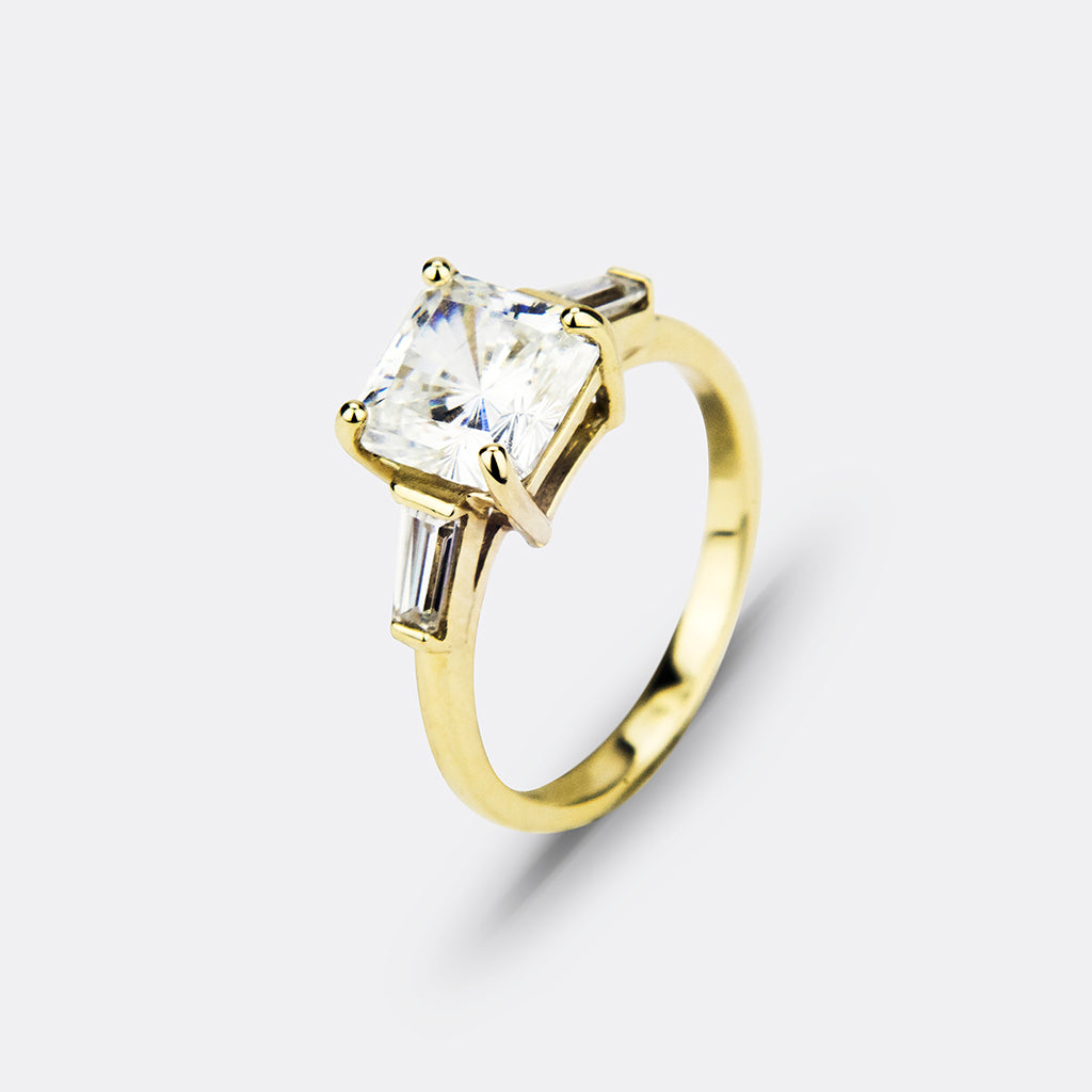14K Yellow Gold Cushion Cut with Bagguette Cut 5.00ct