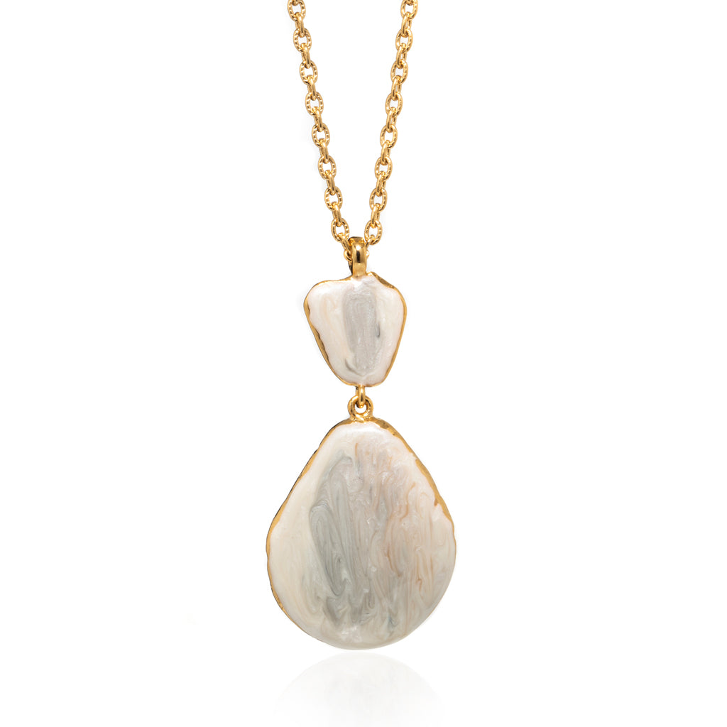 Large Teardrop Shell Necklace Beige