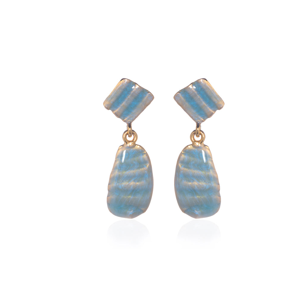 Small Ridged Shell Drop Oval Earring Ocean Blue