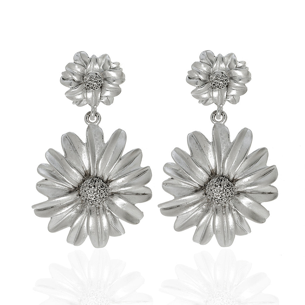 Botanica Mexicana Silver Drop Daisy Earrings