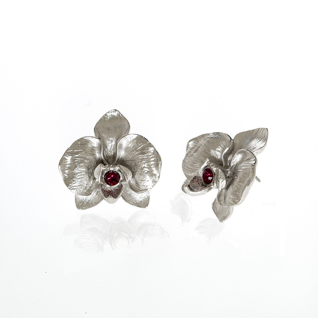 Orchid Silvertone Earring With Ruby Center
