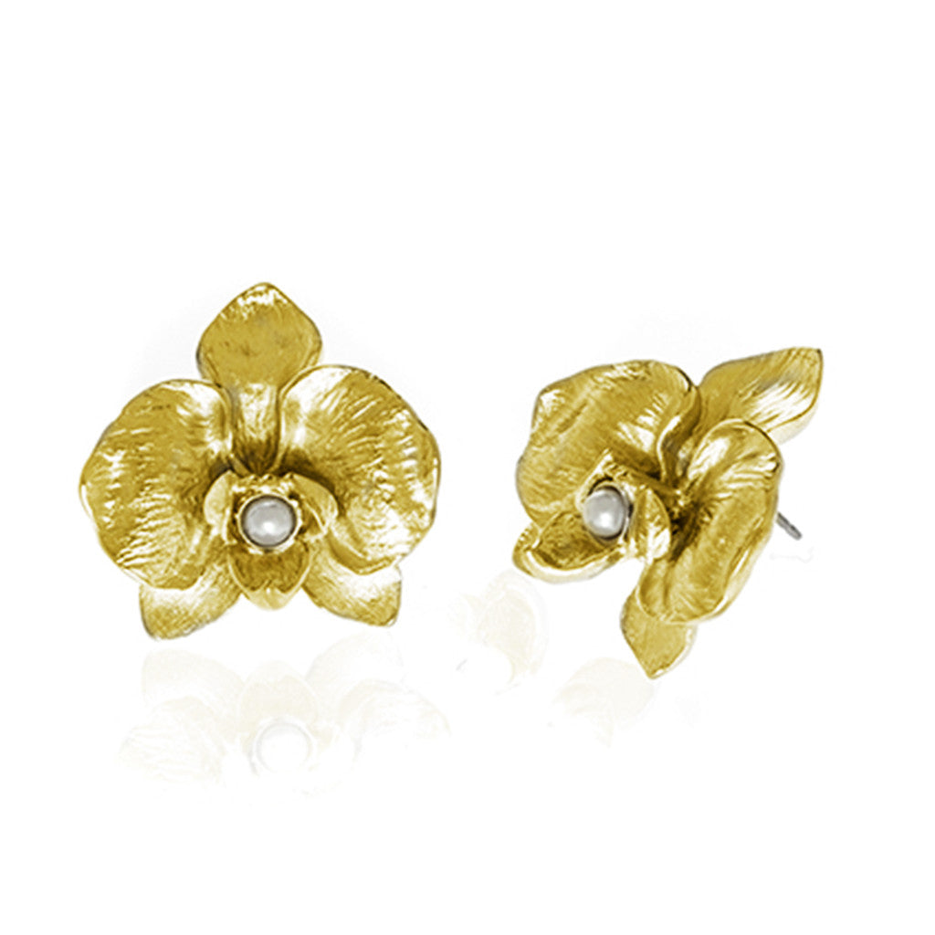 Orchid Goldtone Earring With Pearl Pierced