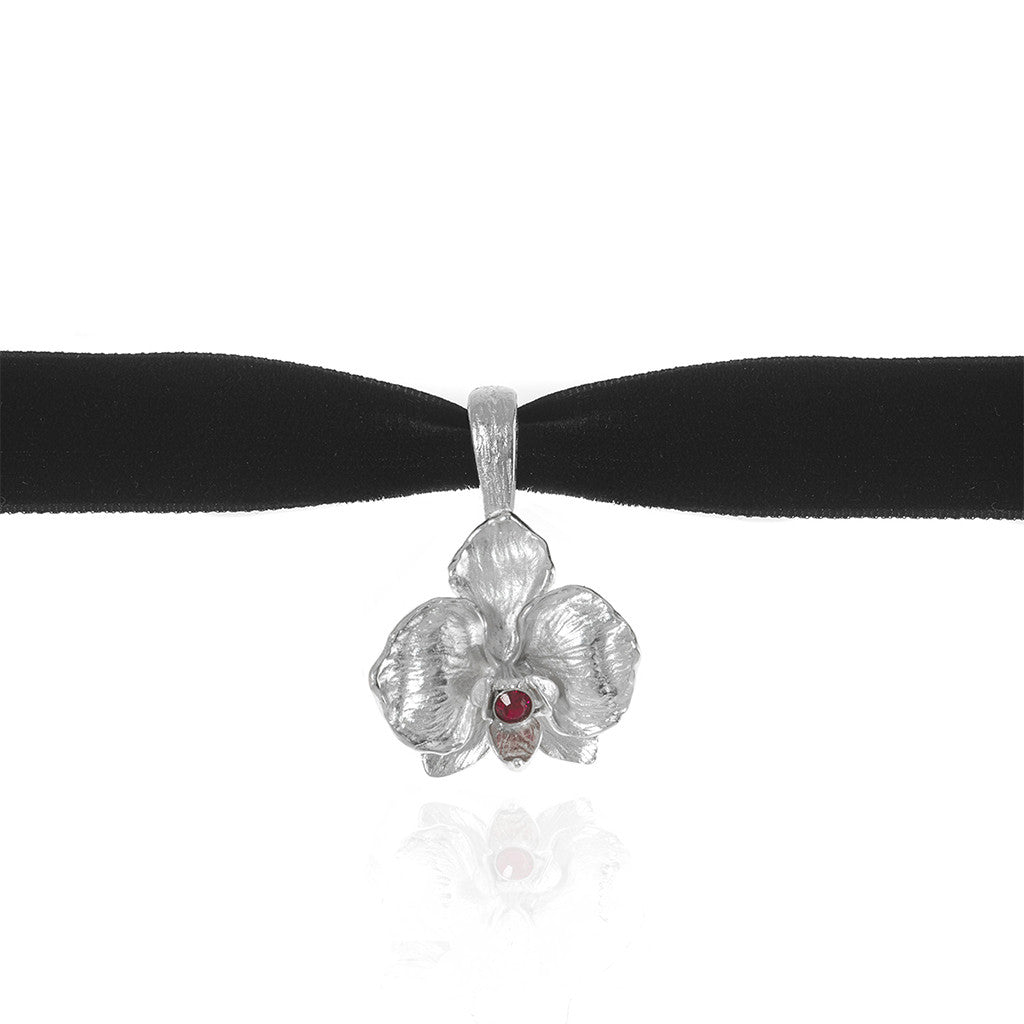 Orchid Velvet Choker With Silvertone Pendant and Ruby Crystal