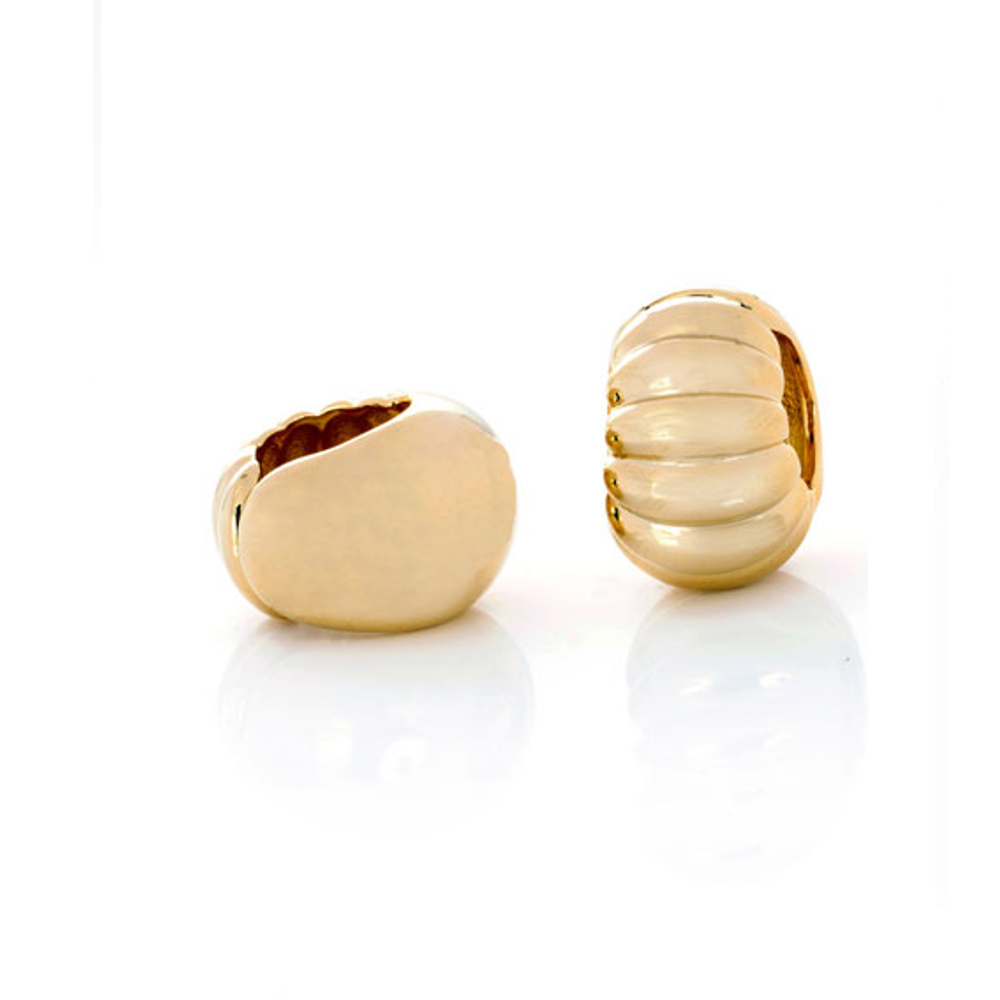 Gold Tone Extra Large Shrimp Reversible Hugs®