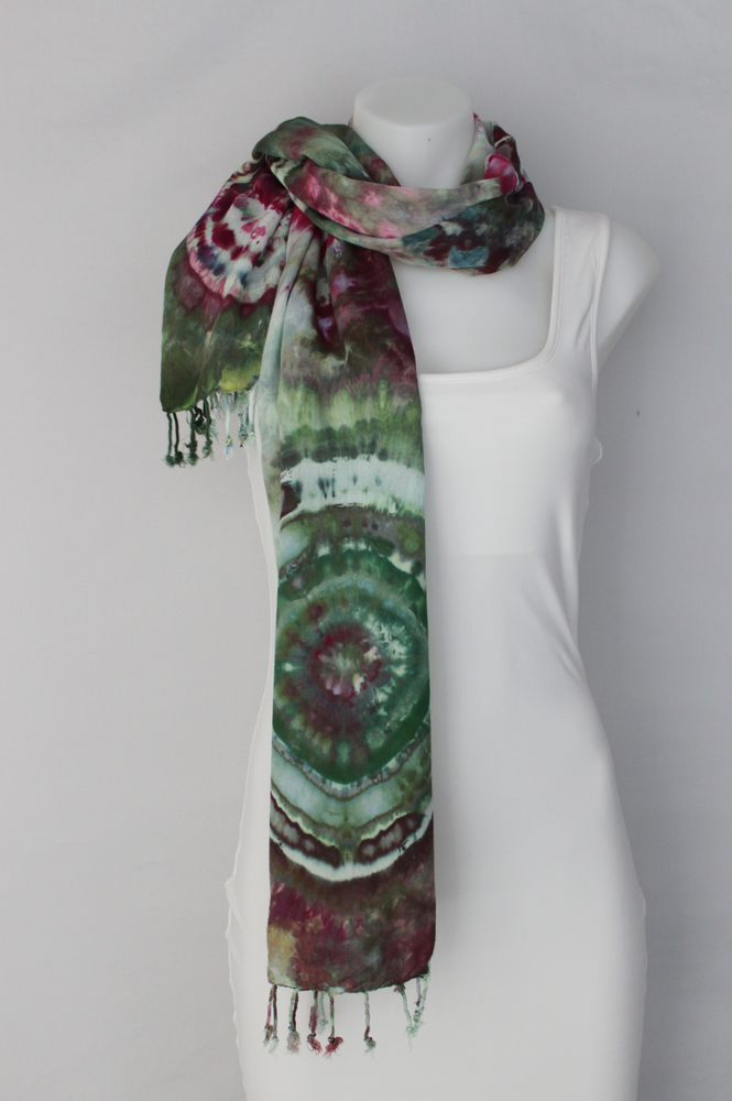 Rayon Scarf ice dyed - Betty's Smile bulls eye