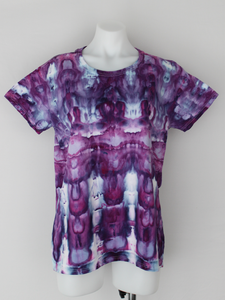 Ladies shirt size XL - Grape Splash stained glass