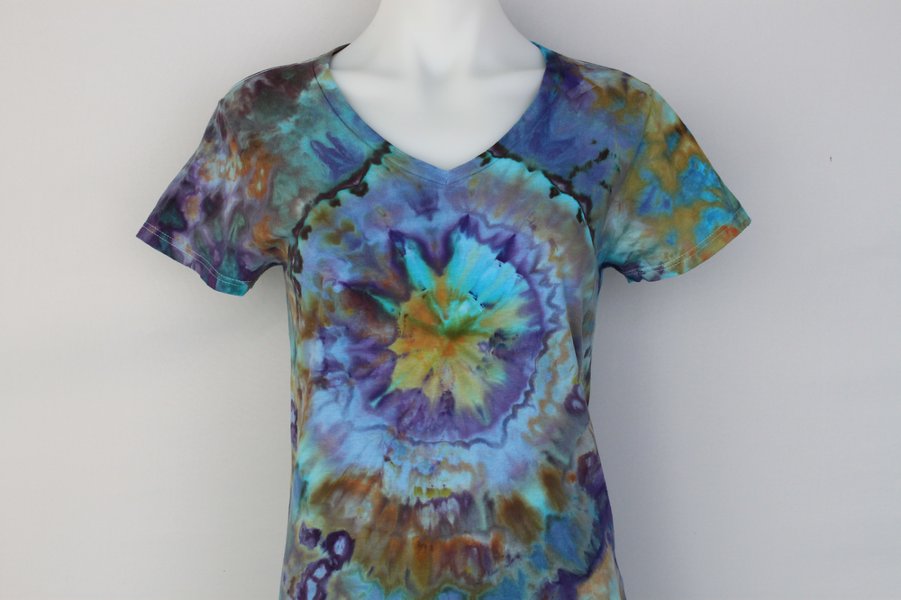 Ladies t shirt size Small - Abalone mega eye