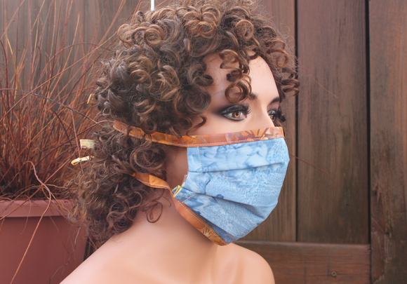 Fabric face mask - Light Blue gold