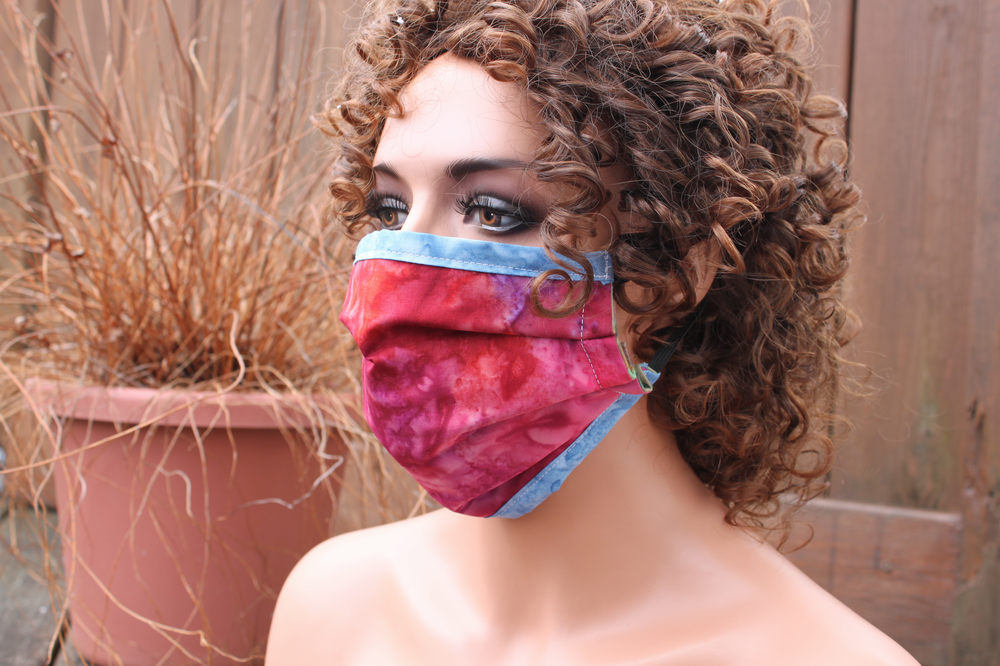 Fabric face mask with Elastic - Cranberry blue