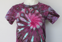 Youth Small tie dye t shirt - Elderberry twist