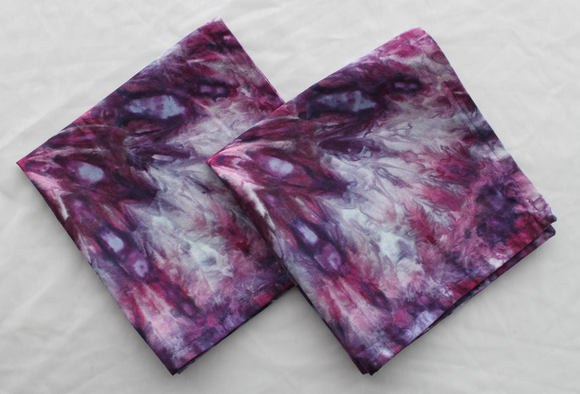 Linen/cotton table napkins - Set of 2 - size Medium - ice dye - Grape Splash twist