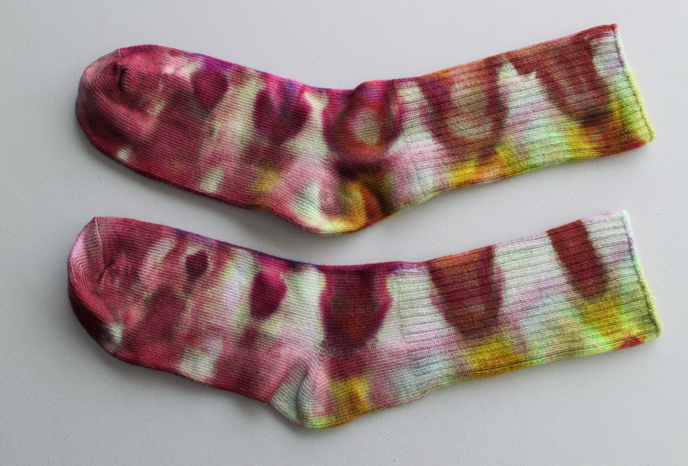 KIDS size 7 Bamboo socks - Hibiscus Crown light