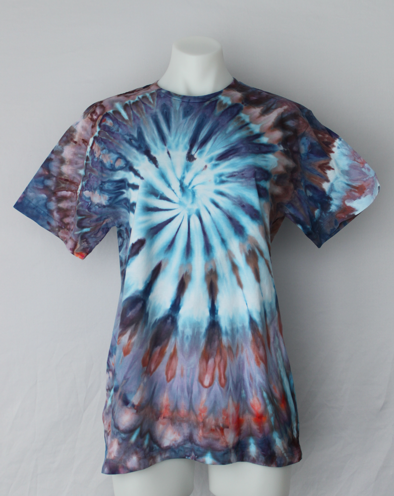 Men's Medium t shirt - ice dye - Karen's Wit twist