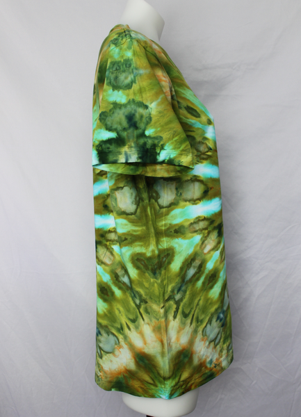 Ladies's medium shirt unisex ice dye - Kortney's Meadow