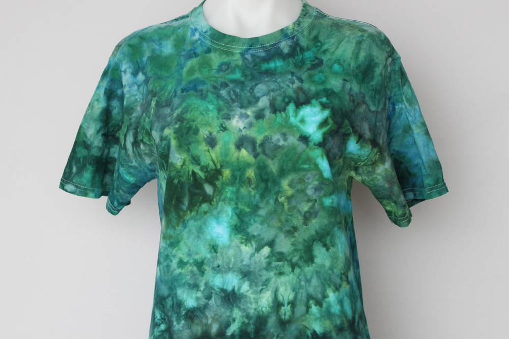Men's Small Tie dye shirt - Mermaid's Tale