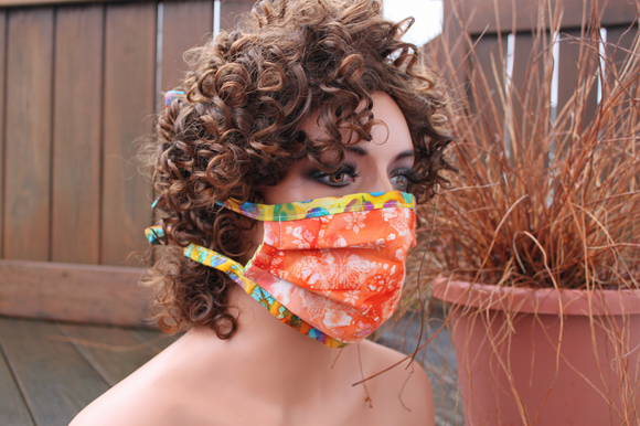 Fabric face mask - Peach butterflies spots