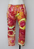 Tie dye Capri Leggings - size Large - Raspberry Lemonade bulls eye